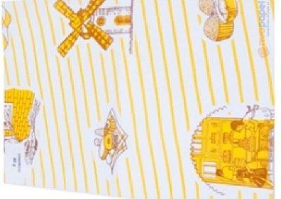 Resmas de papel anónimas o genéricas